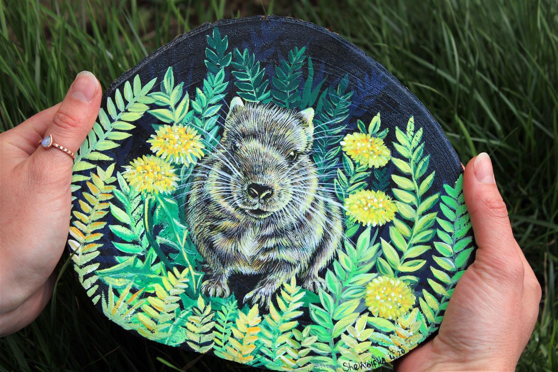 degu portret, portret na leseno plato, slikanje na les, ljubezen do živali, darilo za ljubitelje živali, izguba domače živali